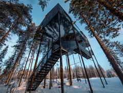 Siódmy pokój - domek na drzewie projektu Snøhetta